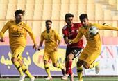 تلاش تیم فوتبال نود ارومیه برای ماندن در صدر جدول لیگ آزادگان