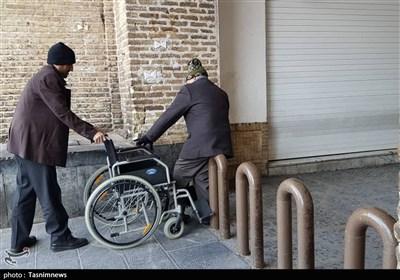معابری که برای معلولان مناسب نیست؛ ضعف قانون سدی در برابر آسایش توانیابان