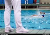 رستمیان: ورزشکاران رشتههای آبی چه گناهی کردهاند که یک سالن تمرینی ندارند؟