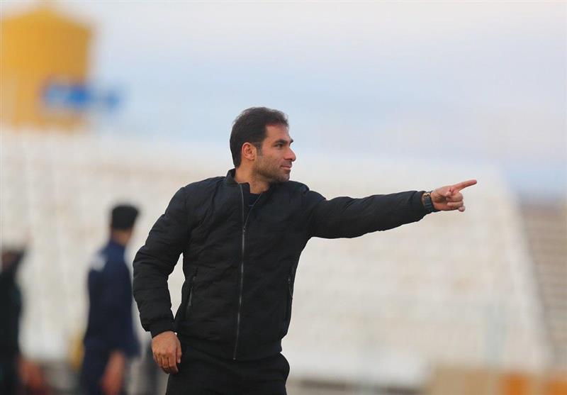 صادقی: در فوتبال ایران با اخلاق بودن فایده ندارد/ برای نتیجه گرفتن باید داد و بیداد کرد