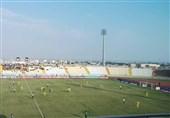کمیته انضباطی فدراسیون فوتبال در زمینه محرومیت داور بوشهری تجدید نظر کند