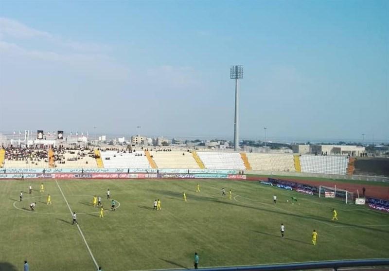لیگ برتر فوتبال تساوی رقابت دو تیم بوشهری در نیمه نخست