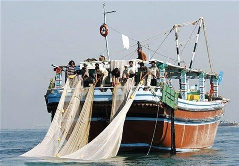 19 فروند شناور صیادی متخلف در آبهای خلیجفارس توقیف شد
