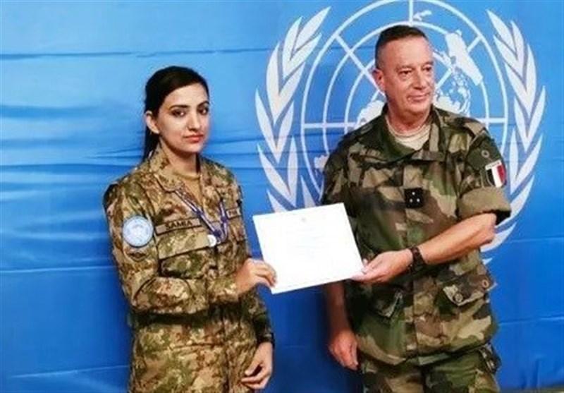 اهدای نشان ویژه شجاعت سازمان ملل به بانوی نظامی پاکستانی