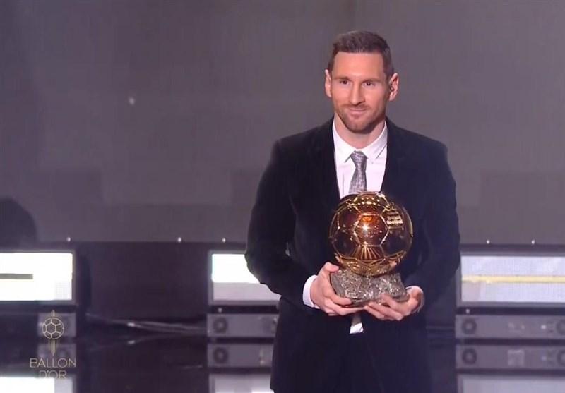 مسی با کسب ششمین توپ طلا از رونالدو سبقت گرفت/فندایک بالاتر از کریس ایستاد، دلیخت بهترین بازیکن جوان شد + تصاویر
