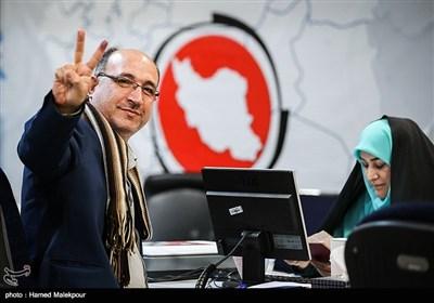 ثبتنام بهزاد شهبازی در یازدهمین دوره انتخابات مجلس شورای اسلامی - وزارت کشور