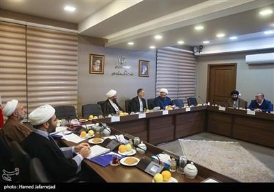 نشست وزیر ارشاد با مسئولان کانون های فرهنگی مساجد