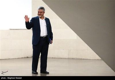 ثبت نام علیرضا رحیمی در یازدهمین دوره انتخابات مجلس شورای اسلامی