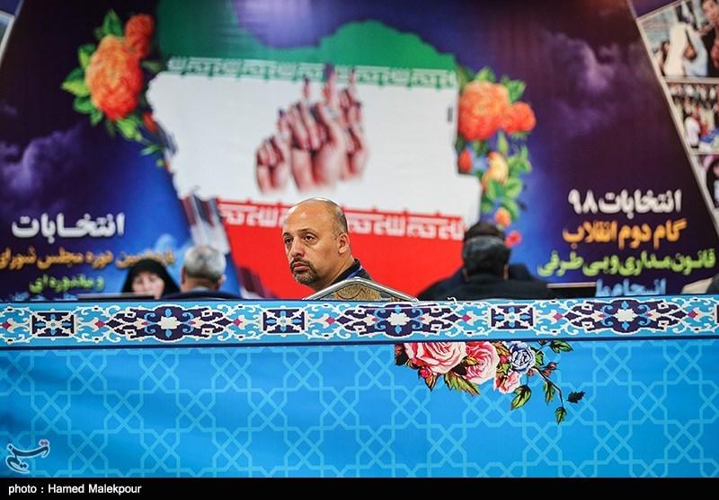 انتخابات 98 - ایلام  ششمین روز از ثبت نام انتخابات با حضور21 دواطب