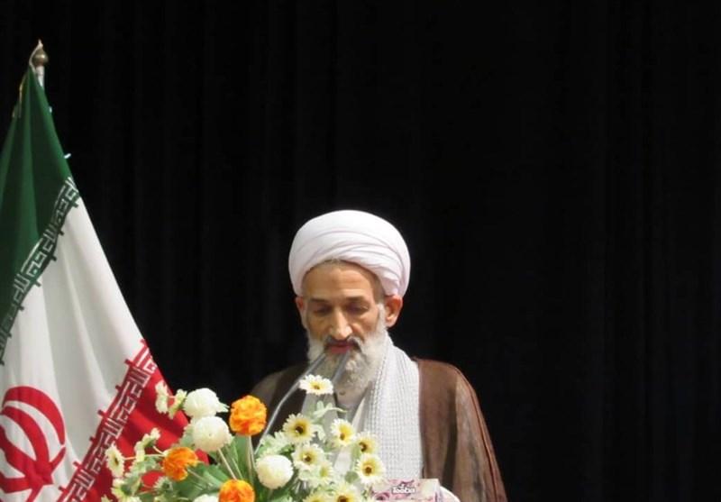 نماینده ولیفقیه در مازندران: دشمن دنبال حذف پوشش چادر از زن ایرانی است