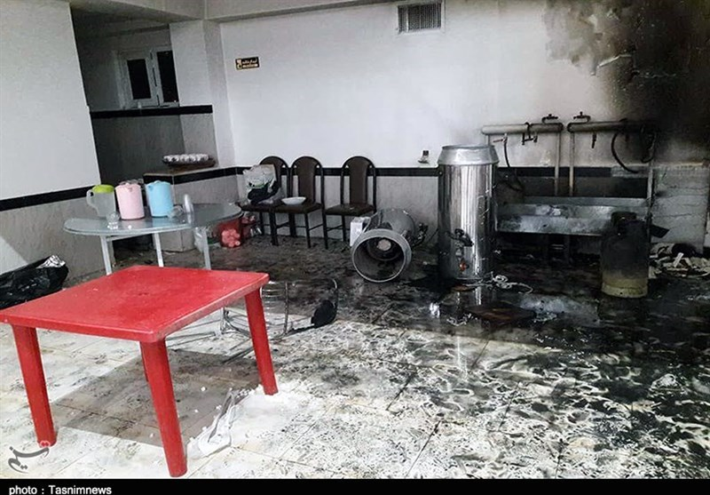 شاهدان عینی حادثه سقز: پس از انفجار گاز بلافاصله برقها خاموش شد/تالار کپسول آتشنشانی نداشت+تصاویر