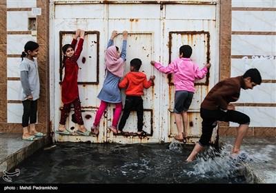 طغیان فاضلاب در خیابان های شهر کوت عبدالله