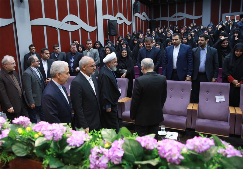 گزارش تسنیم| چرا روحانی امسال دانشگاه فرهنگیان را برای سخنرانی 16 آذر انتخاب کرد؟/ حضور پاستوریزه در دانشگاه