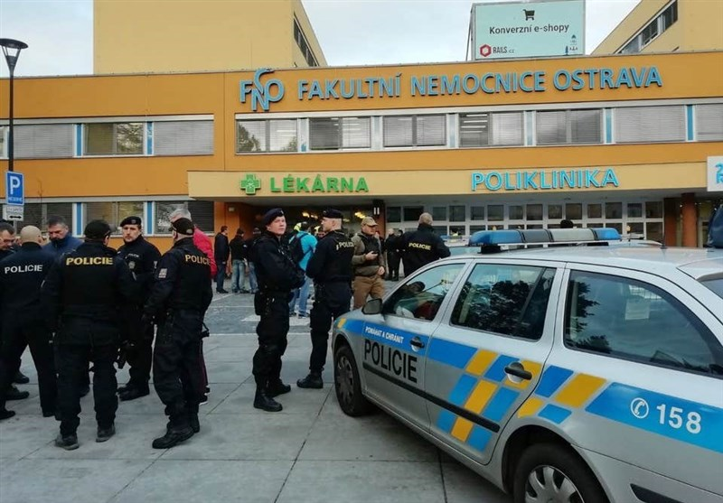 Czech Hospital Shooting: Six Dead, Gunman at Large, Authorities Say (+Video)