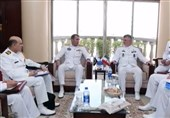 ایرانی بحریہ کے کمانڈر نے مزارقائد پر حاضری دی