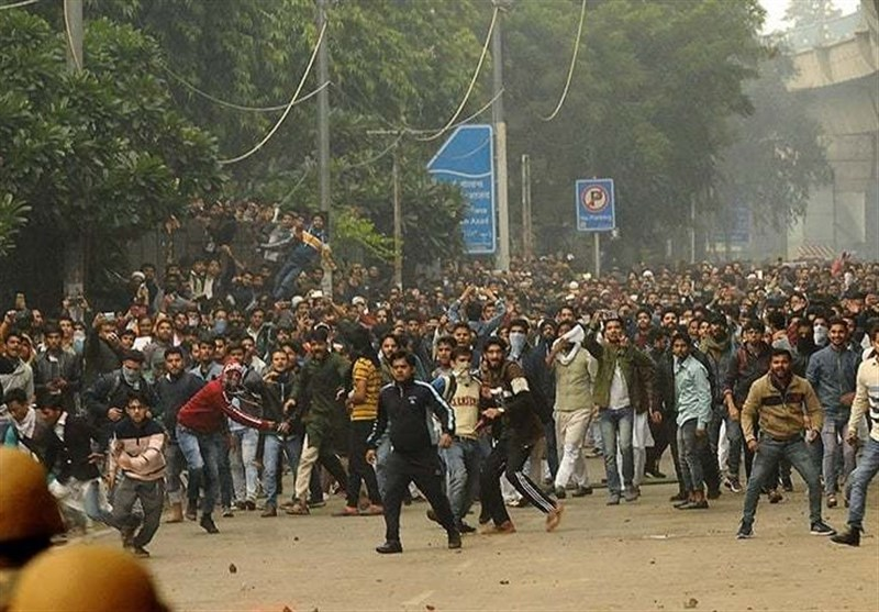 Violent Protests Rage in India for Fourth Day over Citizenship Law