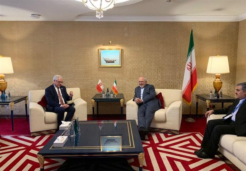 Iran's Zarif Meets Polish FM, Iraqi Top Security Official in Doha