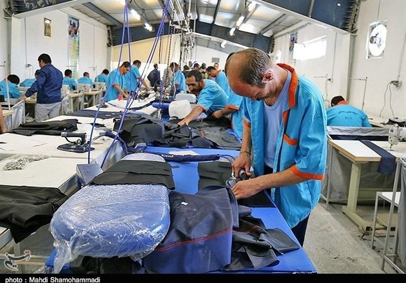 115 مرکز نیکوکاری از مددجویان کمیته امداد استان لرستان حمایت میکنند