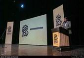"""شعرخوانی انتقادی """"احمد بابایی"""": شرم کن غصه اهالی را/ قصه سفرههای خالی را + فیلم"""