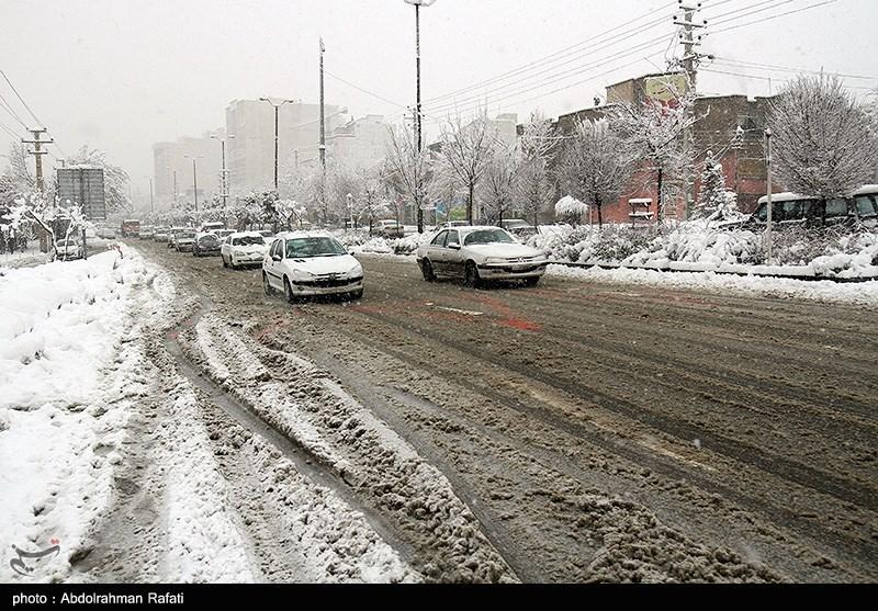 تهران| در پی بارش برف ستاد مدیریت بحران دماوند به حالت آمادهباش درآمد