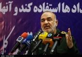 سردار سلامی: جنگ نظامی از گزینههای دشمن خارج شده است