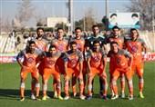 ادای احترام بازیکنان سایپا به سردار سلیمانی پیش از بازی با سپاهان + عکس