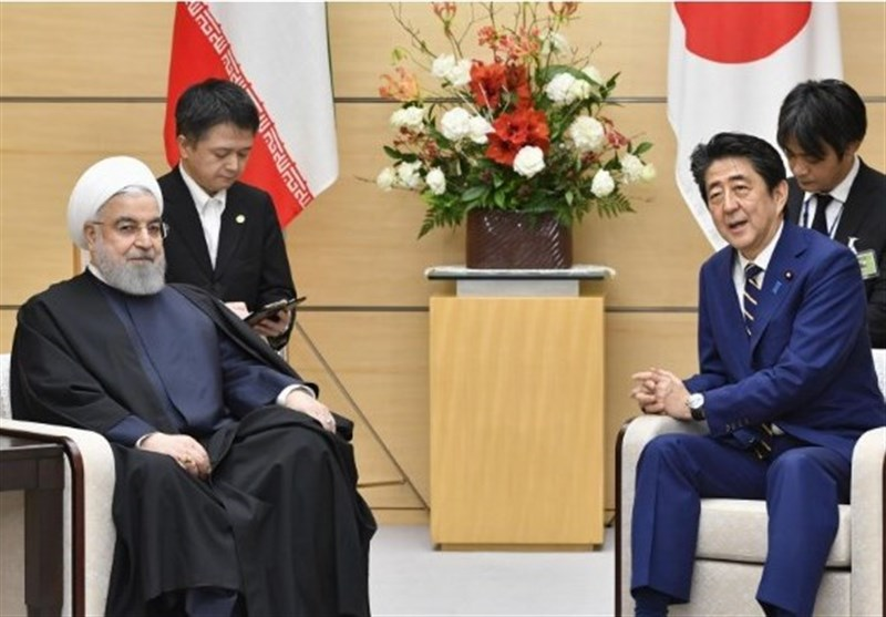 Iran's Rouhani, Japan's Abe Discuss Nuclear Deal