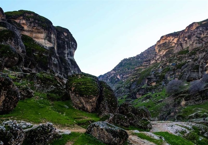 "Makhmal Kuh: Mountain of ""Velvet"" in Iran's Lorestan - Tourism news"