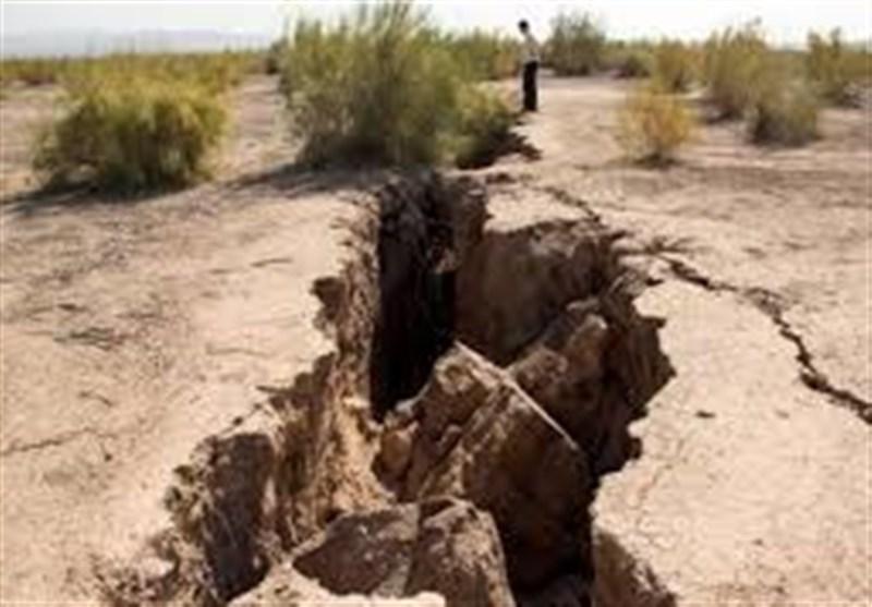 کالبدشکافی فرسایش خاک در ایران| وقوع ادواری پدیده فرونشست زمین در اردستان / فرونشستهایی که در ایران قانون ندارد