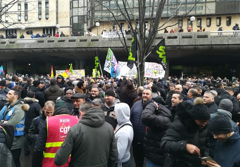 Yellow Vests Begin 63rd Week of Protests in France (+Video)