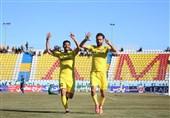لیگبرتر فوتبال| تیم پارس جنوبیجم با پیروزی مقابل پیکان 2 پله صعود کرد