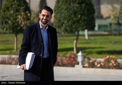 محمد جواد آذری جهرمی، وزیر ارتباطات و فناوری ارتباطات درحاشیه جلسه هیئت دولت