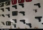 کشف 2 محموله اسلحه قاچاق در مرزهای غربی کشور