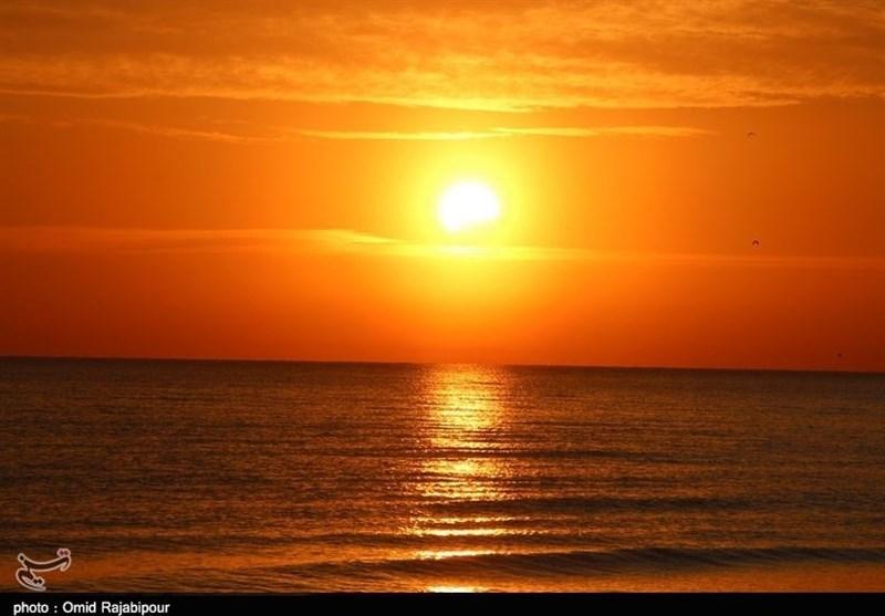 """فردا """"خورشید گرفتگی"""" رخ میدهد/ حکم """"نماز آیات"""" بر اساس فتوای رهبر انقلاب"""