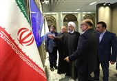 روحانی از نمایشگاه دستاوردهای وزارت جهاد کشاورزی بازدید کرد