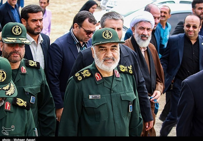 IRGC Equipment Sent to Flood-Hit Areas in SE Iran: Commander