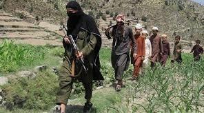 افغانستان  داعش مسئولیت حمله به کارمندان پاکسازی میادن مین را به عهده گرفت