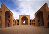 طرح بازآفرینی مسجد جامع اردستان در معرض خطر قرار دارد