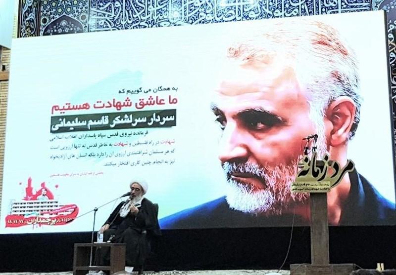 امام جمعه بوشهر: بسیج رسانه به چند زبان بینالمللی کمپین «ما سلیمانی هستیم» گسترش دهد