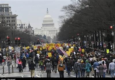 تظاهرات مردم آمریکا علیه ترور سپهبد سلیمانی و جنگ افروزیهای ترامپ