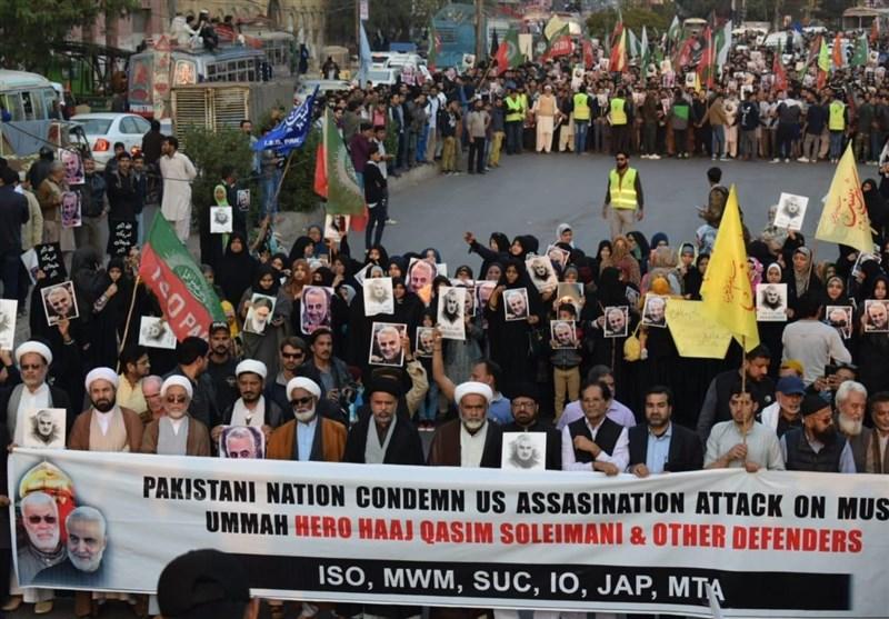 تجمع مردم پاکستان مقابل کنسولگری آمریکا در کراچی + تصاویر