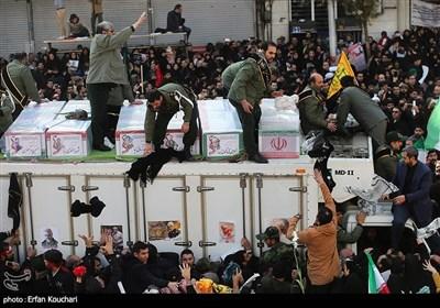 Sea of Mourners Flood Tehran Calling for Revenge over Gen. Soleimani's Martyrdom