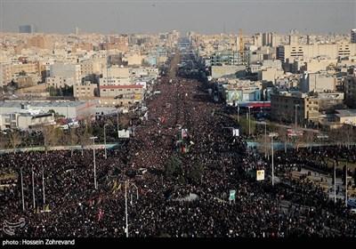 تشییع پیکر مطهر شهدای ترور امریکایی در تهران از نگاه دوربین -3