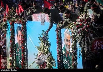 تشييع جثمان الشهيد الفريق سليماني في مسقط رأسه كرمان