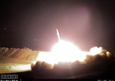 لحظة اصابة صواریخ حرس الثورة قاعدة عین الاسد الأمریکیة فی العراق