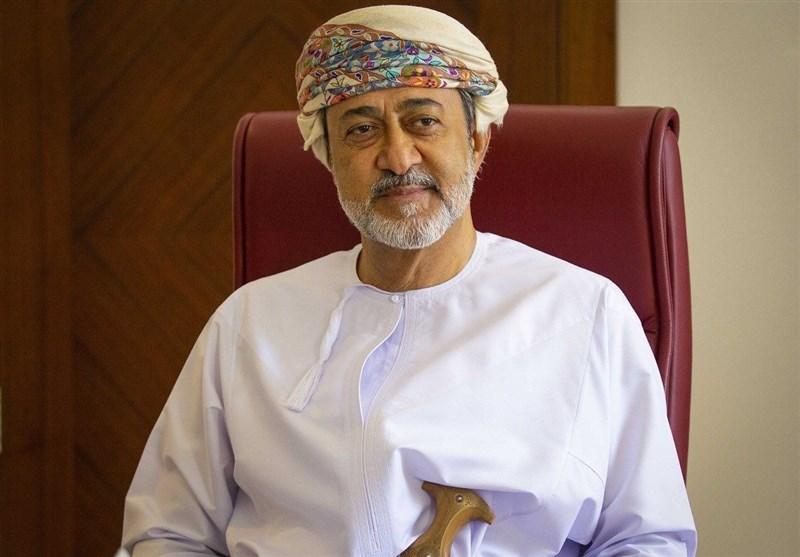 أمیر الکویت یتلقى رسالة خطیة من سلطان عُمان