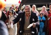 """بازیگران """"نون.خ""""و """"خانه امن"""" مهمان عیدانه تلویزیون/ امیر احمدی به آنتن برگشت + فیلم"""