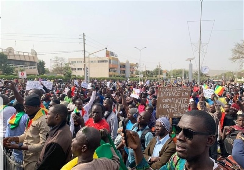 Protest Held against French Military Presence in Mali (+Video)