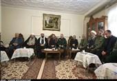 نماینده ولی فقیه در استان همدان از خانواده شهدای سانحه هوایی دلجویی کرد + تصاویر