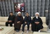مسئولان استان یزد با خانواده یکی از شهدای سقوط هواپیمای اوکراینی دیدار کردند